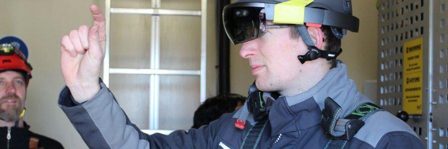 Pressemitteilung: System mit AR Datenbrille erleichtert technischem Servicepersonal in Windenergieanlagen die Arbeit